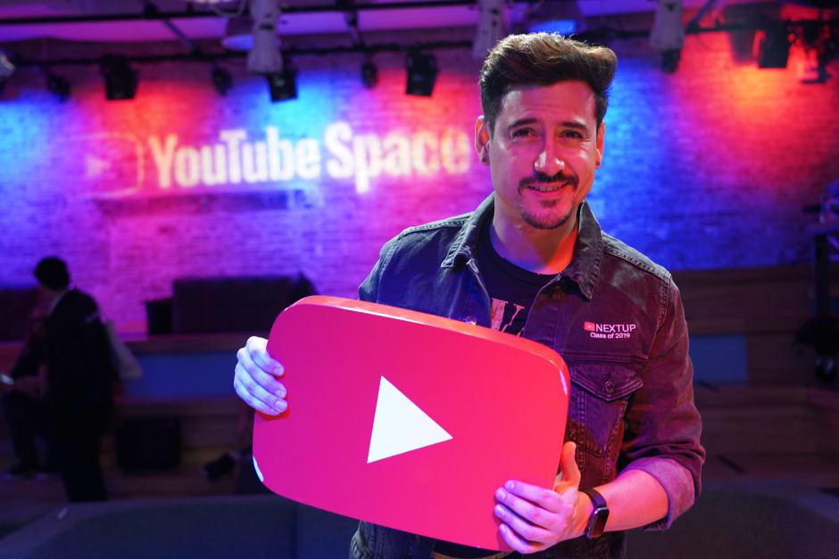 Andres en Ingles Youtube
