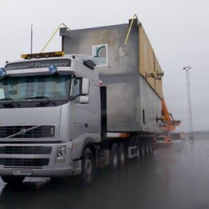 Spesialtransport for oljeindustrien. Kolsnes.
