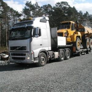 Spesialtransport av ledd dumper