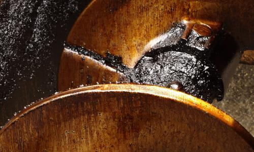 Illus: Effektive produkter for fjerning av asfalt
