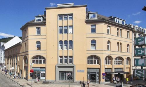 Illus: VestenFjeldske Eiendom har kjøpt to eiendommer i Bergen sentrum