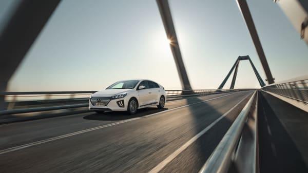 Illus. Nye Hyundai IONIQ electric med hele 32% større rekkevidde