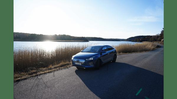 Illus. Hyundai IONIQ Premium fra kun 329.900,- Rente fra 0,99%