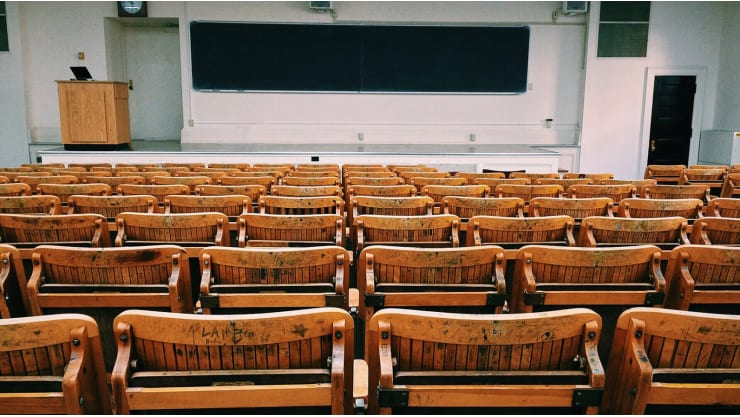 Research University vs Teaching University: Which is Right for You?