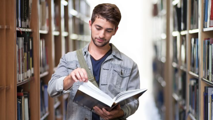 The Pros and Cons of Going to Graduate School