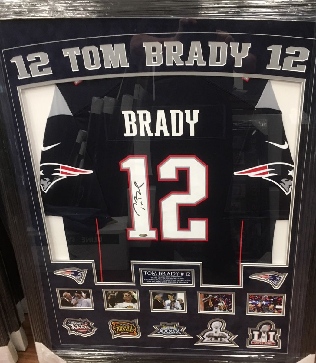 finest selection bcb05 cd585 Auction Page | Autographed Tom Brady Jersey