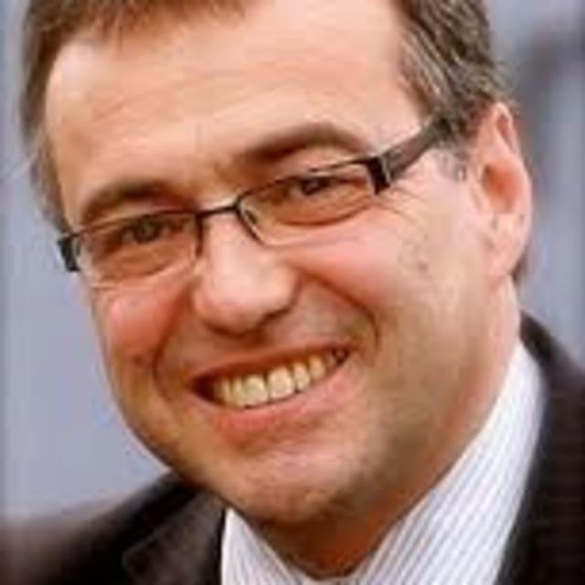 Head shot of Phil Woolas