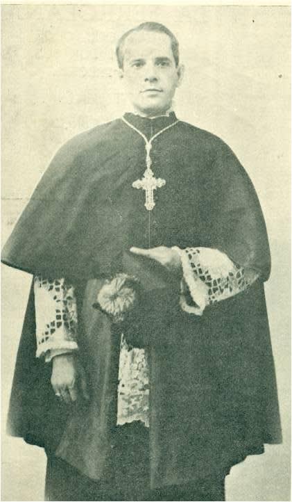 Foto de Monseñor Martínes Dalmau. Obispo de Cienfuegos