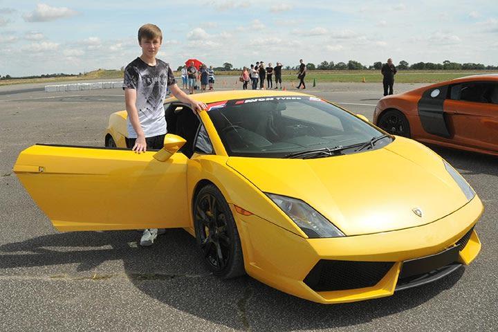 Junior Supercar Taster