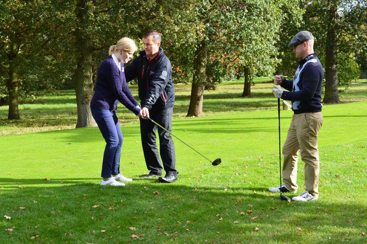 60 Minute Golf Lesson with £5 Voucher for Two