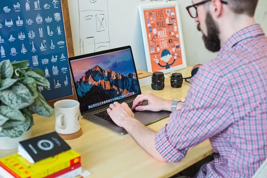 8 Tips for Managing Remote Teams from a Company That Does It