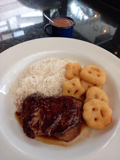 Bifinho de filet com fritas