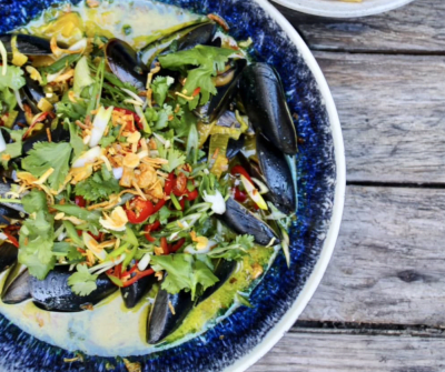 Steamed Coconut-Saffron Mussels