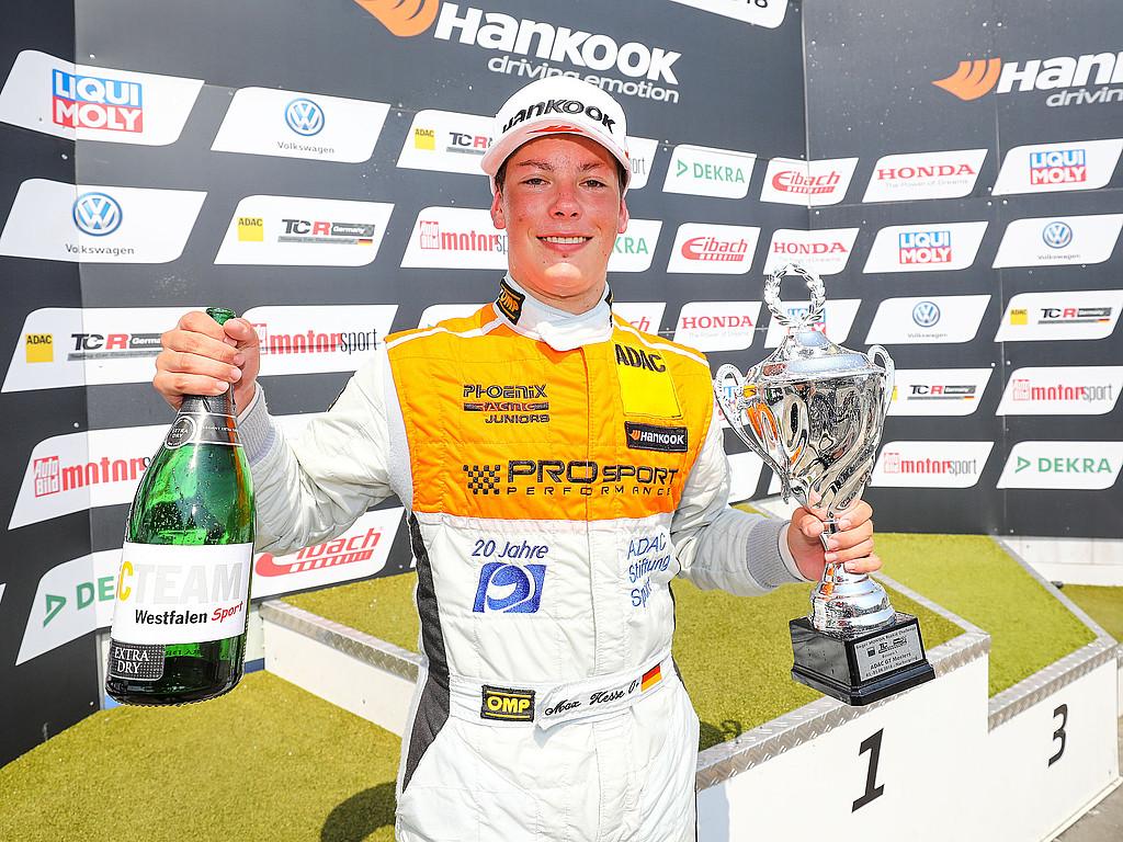 News aus der ADAC Stiftung Sport 9/18: Max Hesse sichert sich Rookie-Titel in der ADAC TCR Germany