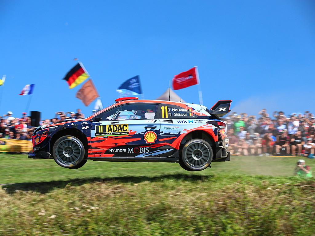 Die Stimmen nach Panzerplatte 1  : Aussagen der Teilnehmer der ADAC Rallye Deutschland