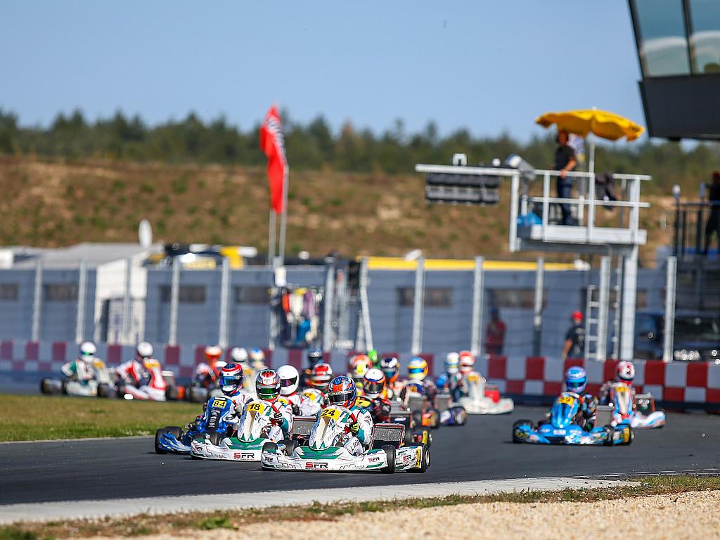 ADAC Kart Masters startete mit Vollgas in Mülsen: 145 Fahrerinnen und Fahrer lieferten sich knappe Rennentscheidungen
