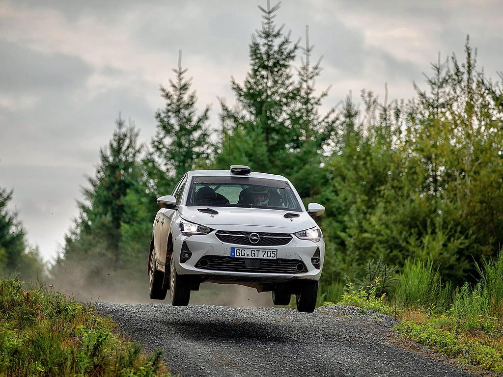 Neues Kundensport-Fahrzeug: Der Opel Corsa Rally4 ist bereit für die Saison 2021