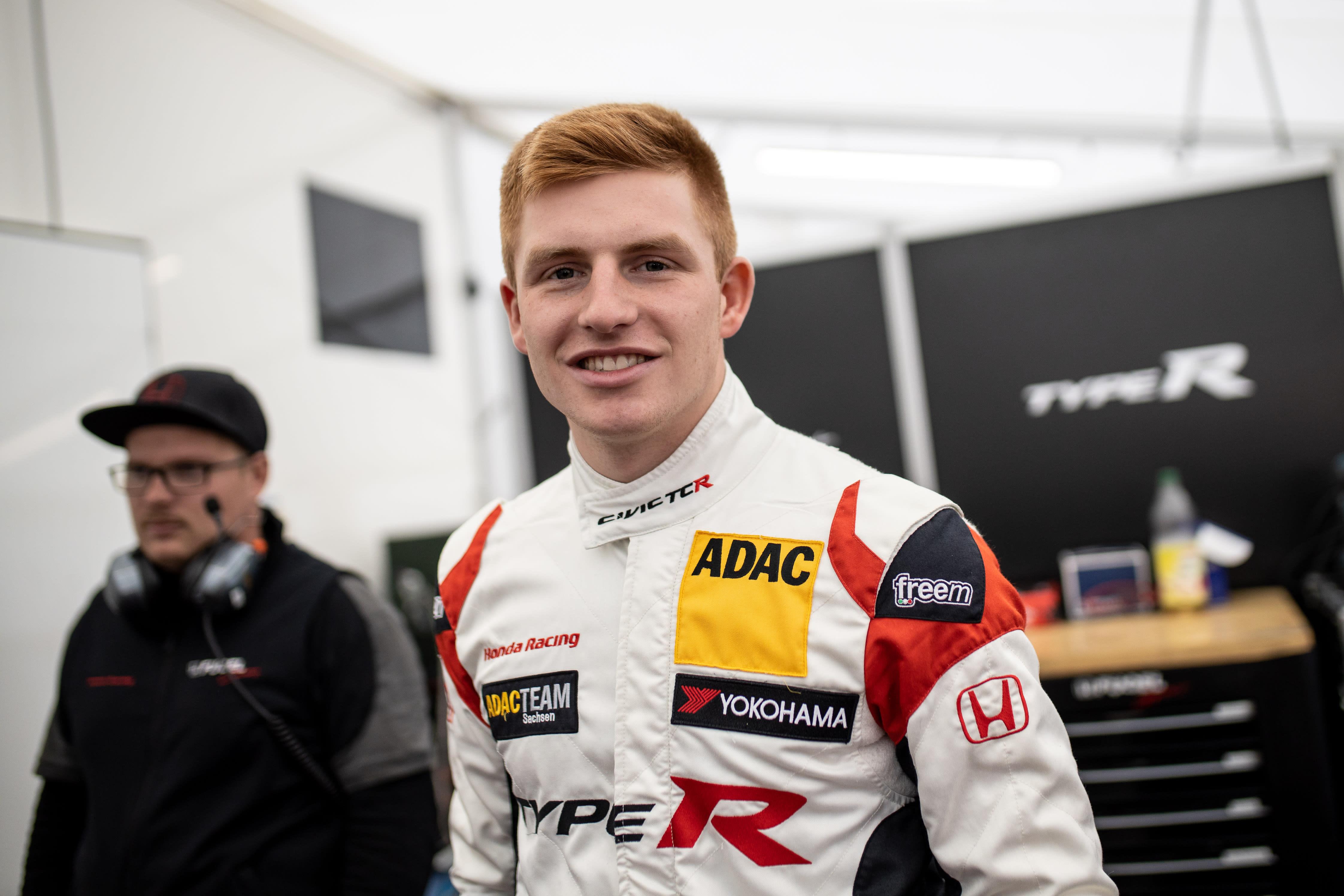 Junior-Champion Marcel Fugel erneut in der ADAC TCR Germany