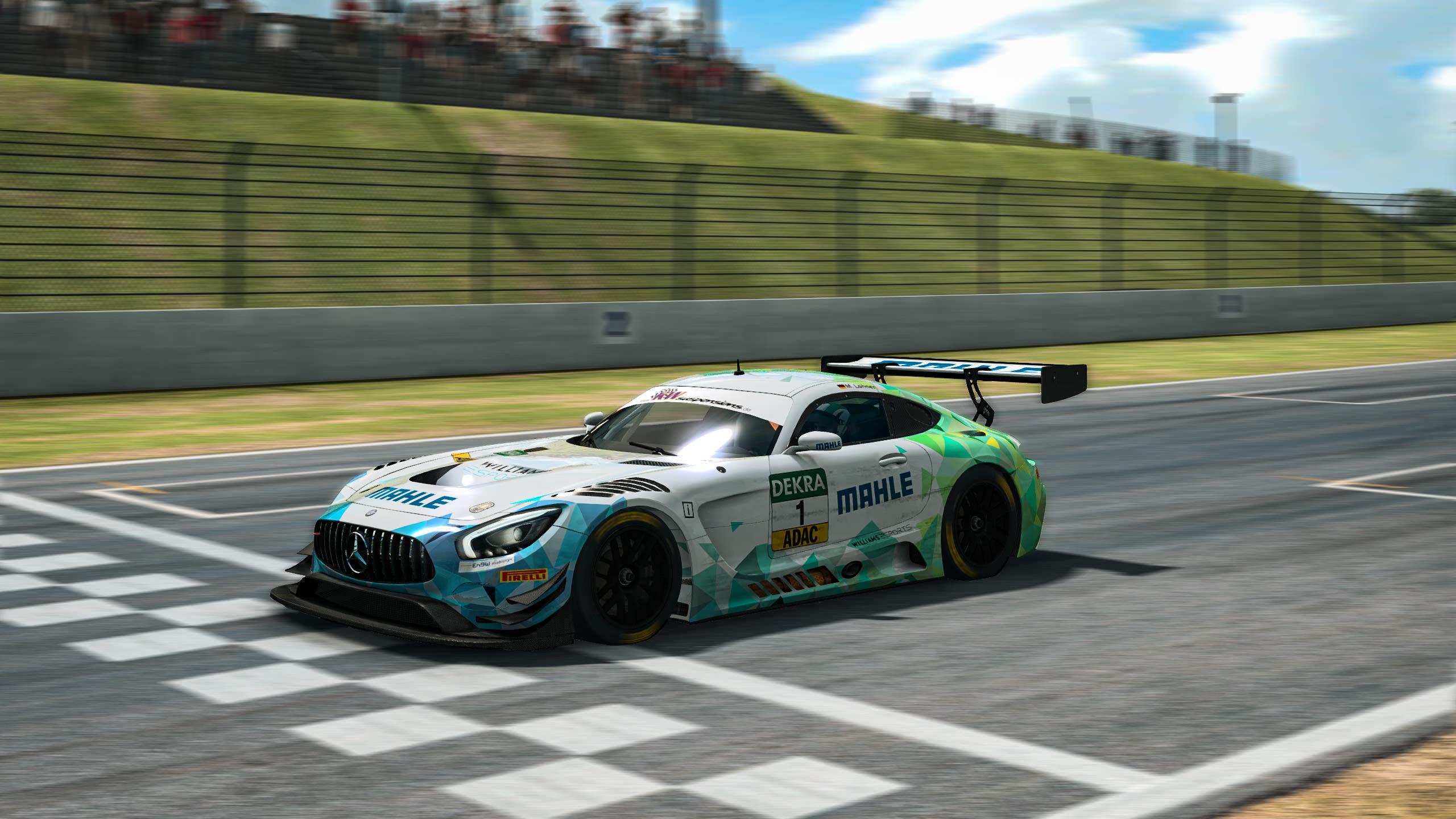 Löhner verteidigt ADAC GT Masters eSports-Titel