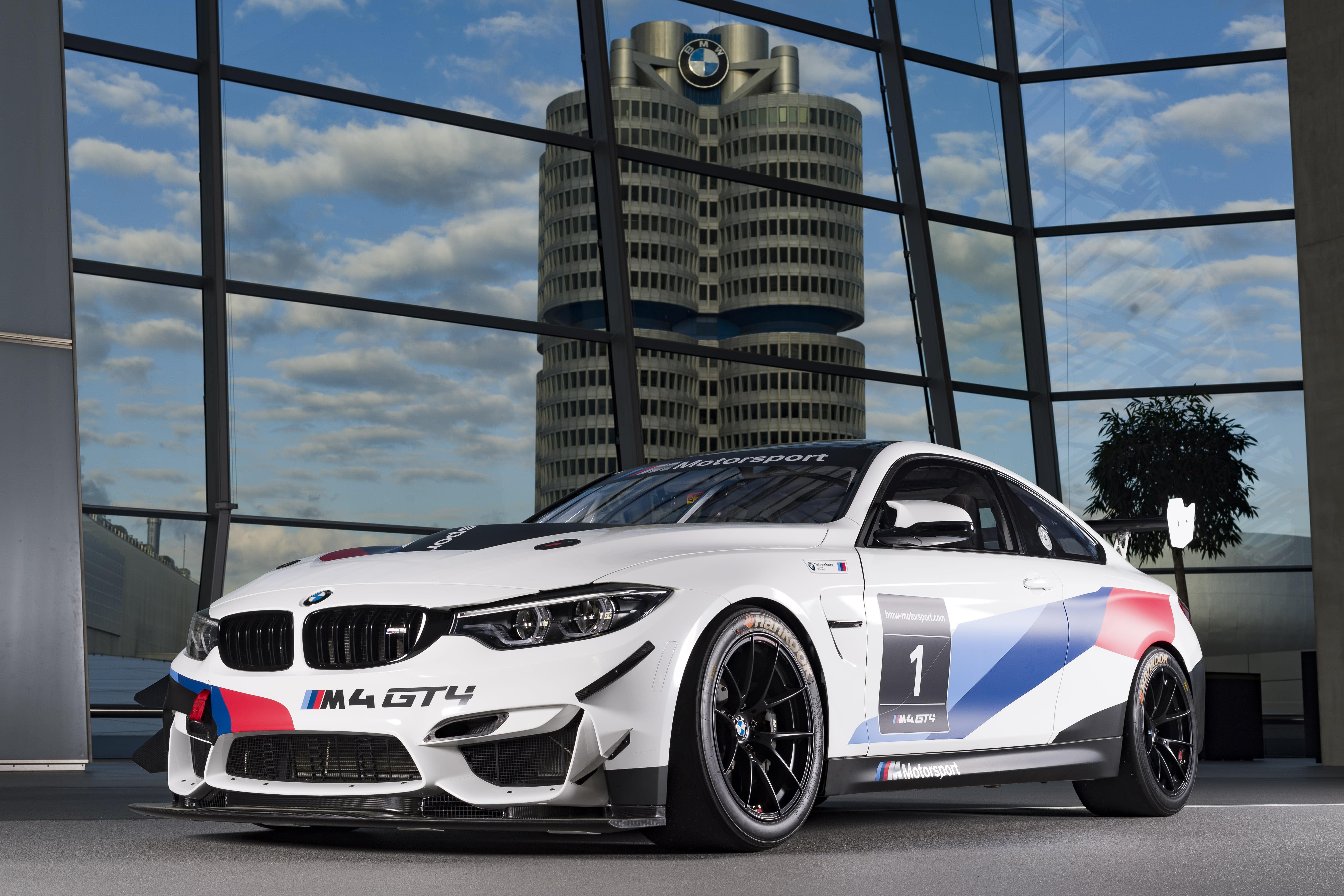 Schubert Motorsport steigt mit BMW M4 GT4 ein