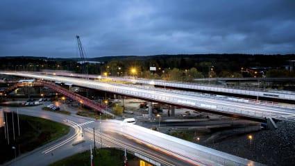 Bild på konstruktionen av nya E4-bron i Rotebro.