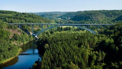 Ett flygfoto över Örekilsbron.