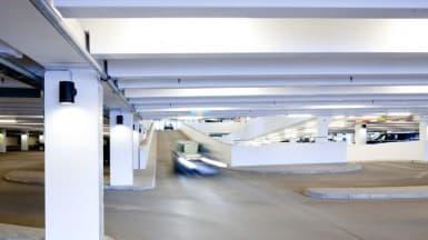 Binab spesialdekker brukes der det er ekstra krav til vanntette dekker, slitesterke dekker og farget asfalt