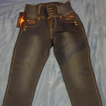 Pantalón pitillo cintura alta