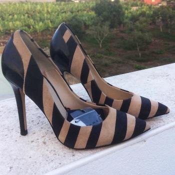 Zapatos piel zara talla 36