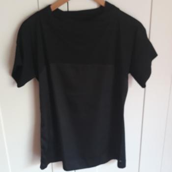 Blusa semi transparente