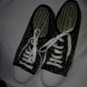 zapatillas deportivas DKNY