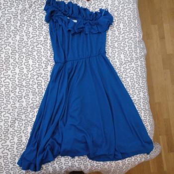 Vestido azul eléctrico