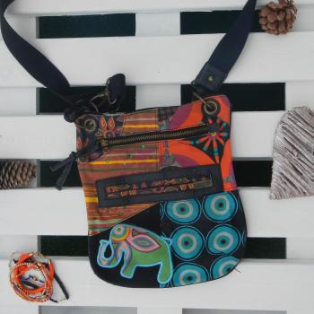 Bolso/bandolera Desigual negro con motivos de colores