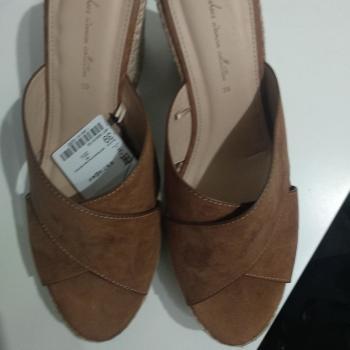 Zapatos leftie