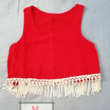 Top Rojo con Flecos Blancos