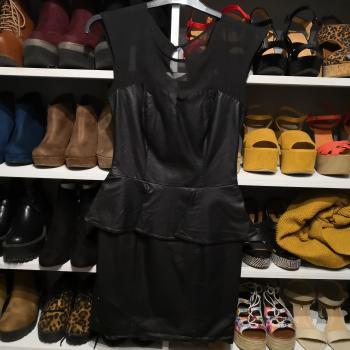 Vestido de cuero