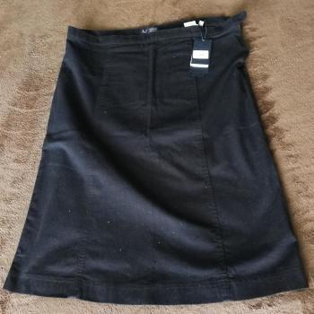 falda negra ARMANI JEANS talla 48