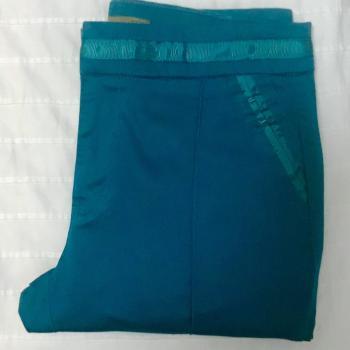 Pantalón Capri verde azulado