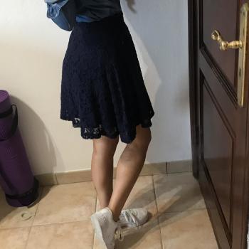 Falda bordado azul