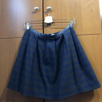 Minifalda con vuelo