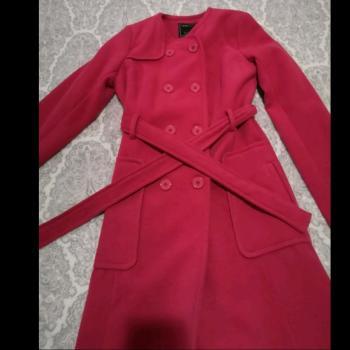Bonito abrigo rosa
