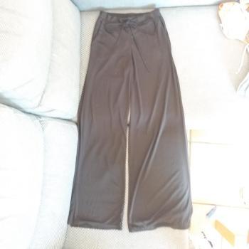 Pantalon pata de elefante negro