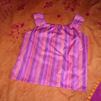 Blusa forrada con tirantes, modelo exclusivo