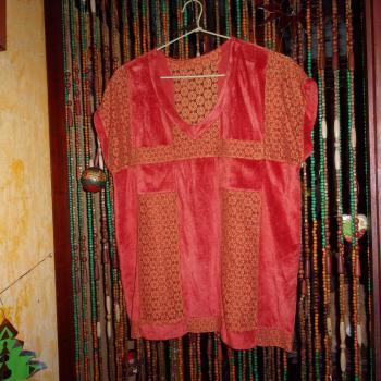 Chaleco largo y ancho de tela aterciopelada y encaje, modelo exclusivo