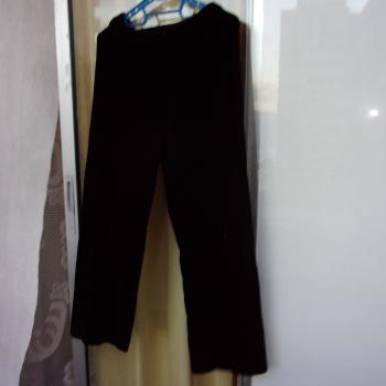 Pantalón de fiesta de terciopelo, modelo exclusivo