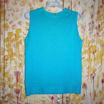 Blusa sin mangas de tejido fino, color turquesa, modelo único