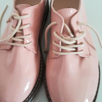 Zapatos rosa charol Zara