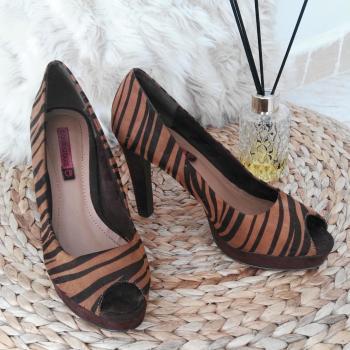 Zapatos animal print.