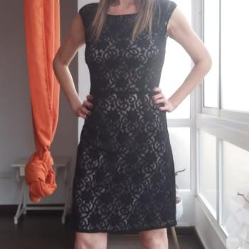 Vestido fiesta bordado negro