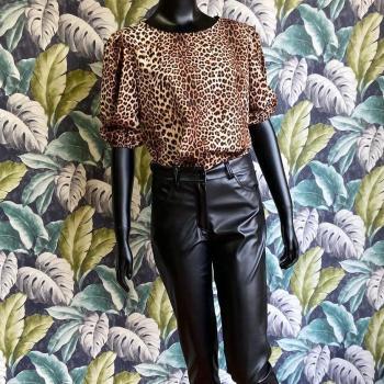 Blusa leopardo talla única